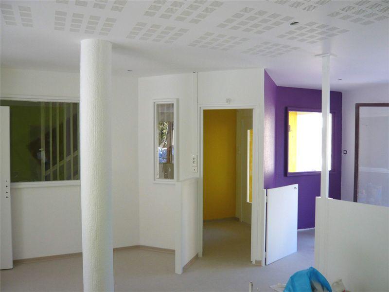 r novation d 39 une cr che roquevaire f v architectes cabinet d 39 architectes marseille f v. Black Bedroom Furniture Sets. Home Design Ideas